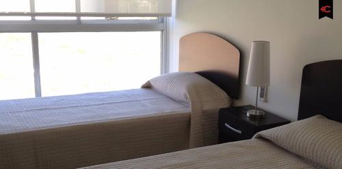 apartamento en venta en punta ballena. ref: 5292