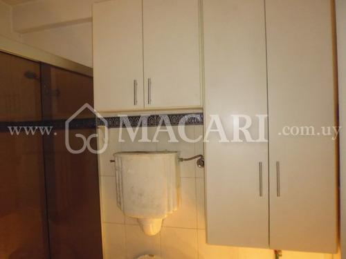 apartamento en venta julio herrera y av uruguay segundo piso