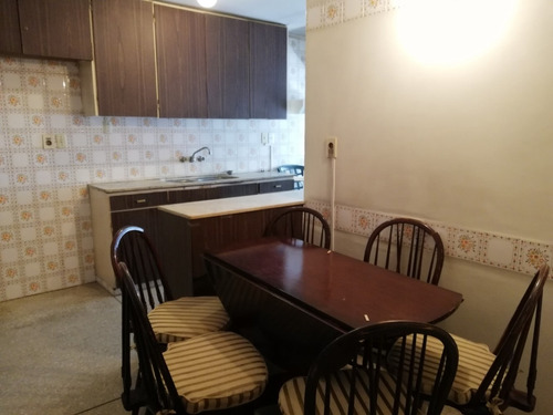 apartamento en venta, pocitos. 3 dormitorios y serv. garaje!