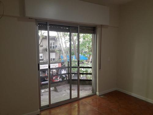 apartamento + escrit   c/patios de uso excl con parrillero