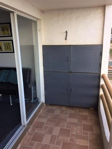 apartamento frente al mar 2dor y 2 baños. 1er piso