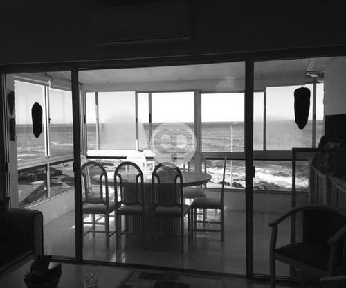apartamento frente al oceano