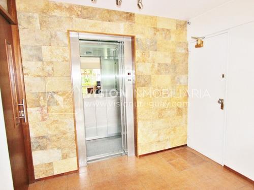 apartamento hermoso, buceo, 2 dormitorios,1 baño, ocina def.