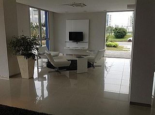 apartamento moderno , en playa brava.