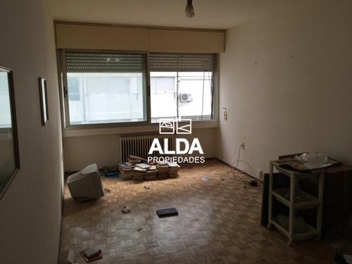 apartamento montevideo centro 2 dormitorios 2 baños venta