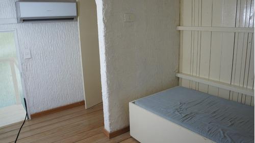 apartamento  tipo casa ,parrillero propio, terraza, piscina.