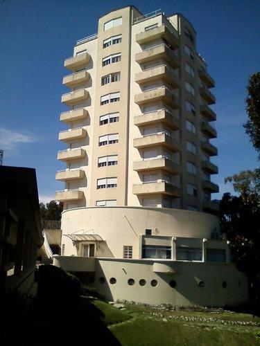 apartamento tipo loft en centro atlántida frente playa mansa