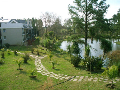 apartamento venta haras del lago 2 dormitorios tza c/parr