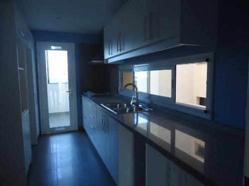 apartamentos 3 dormitorios situado en lo más lindo de carras