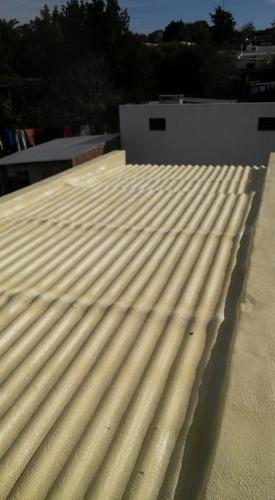 aplicación de poliuretano proyectado expandido