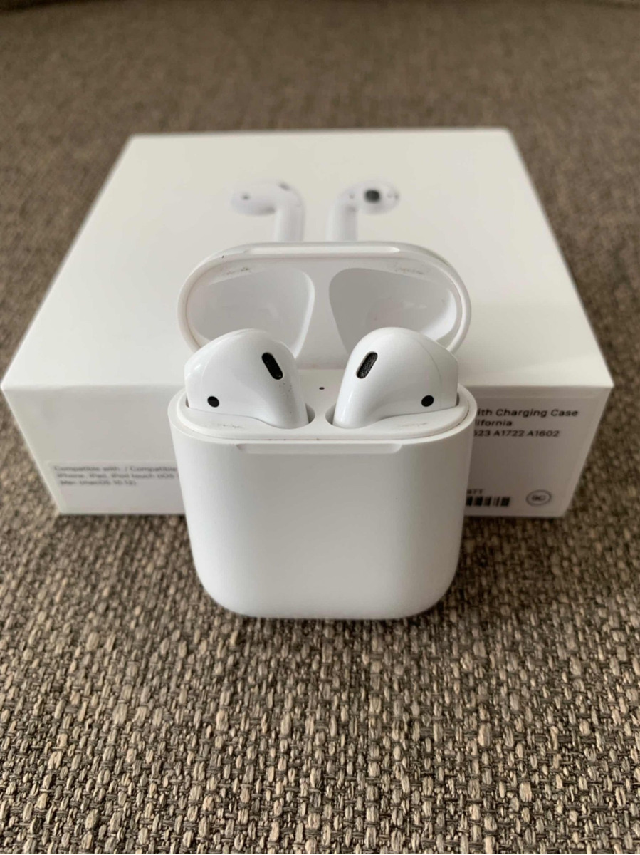 c9a1db80078 apple airpods originales auriculares inalámbricos bluetooth. Cargando zoom.