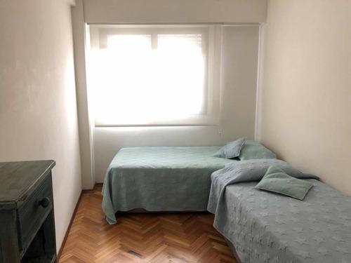 apto 3 dormitorios, 2 baños y servicio completo