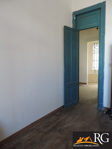 apto ideal oficina, airbnb, reciclado a nuevo !