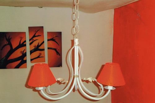 araña forjada  rustica blancas con  caireles 2 y3 luces