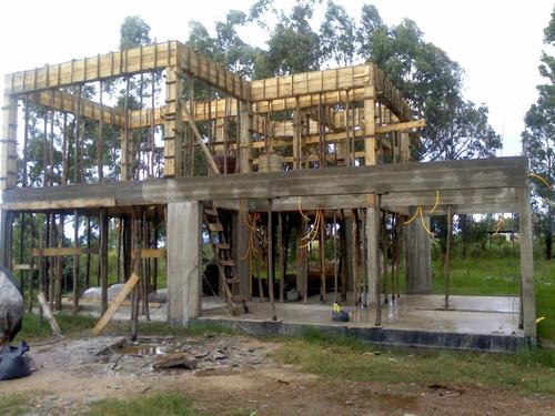 arquitecta obras y proyectos en ecoladrillo