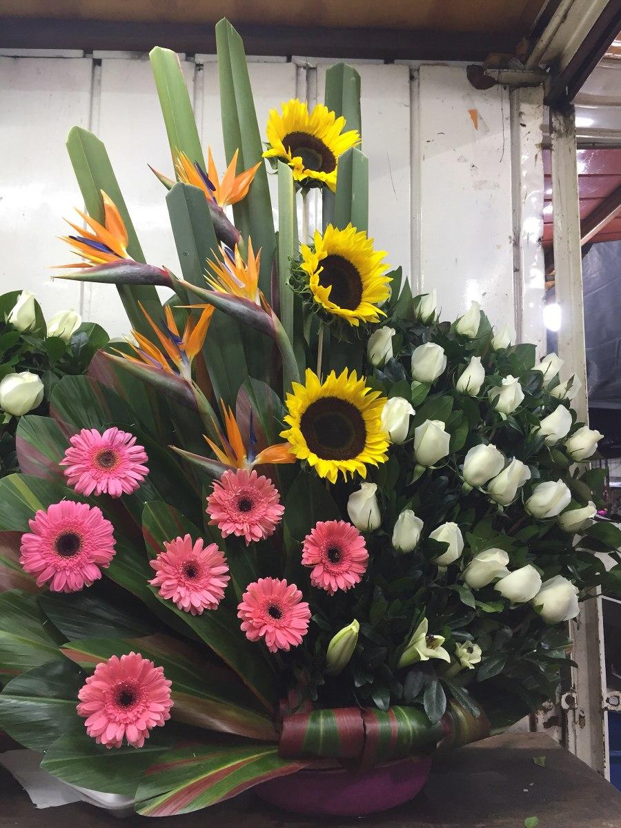Arreglos florales cdmx df rosas tulipanes gerberas for Plantas decorativas artificiales df