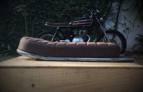 asiento de cuero para motos con chasis cafe racer scrambler