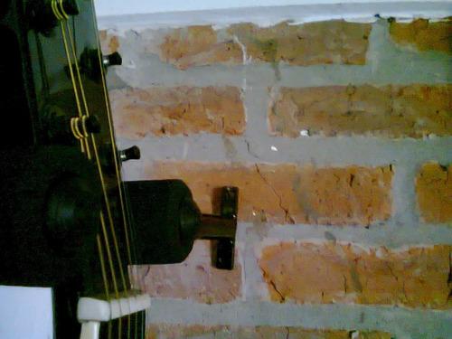 atril o soportre de guitarra para amurar a la pared