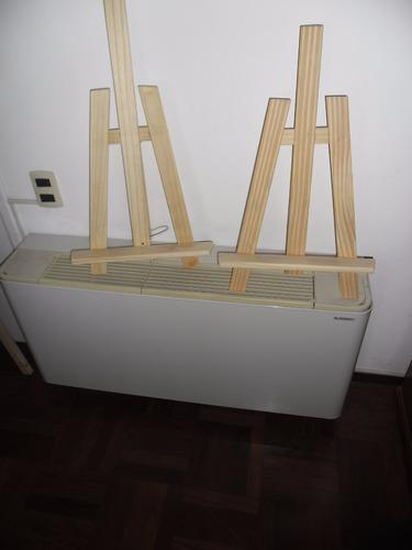 atriles de 60 cm de altura   $ 380
