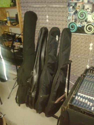 atrtil  para 4 guitarras