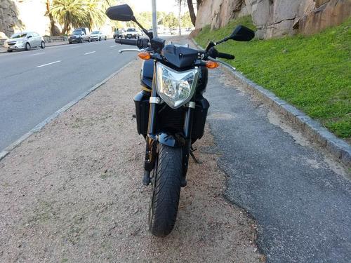 auto moto yamaha naked