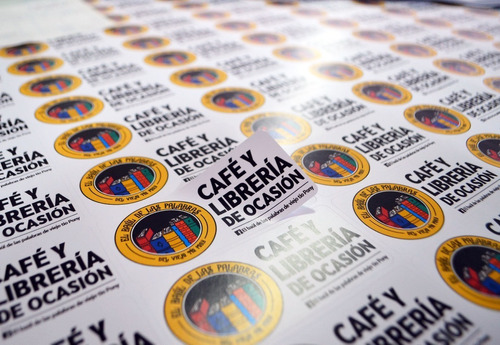 autoadhesivos stikers calcomanias pegotines personalizados