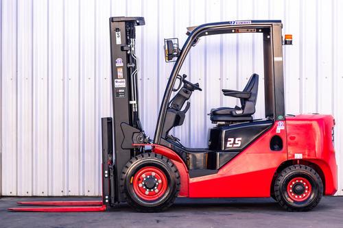 autoelevador montacarga nuevo hangcha para 2500 kg