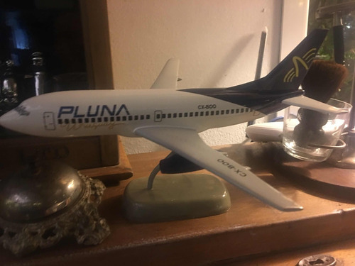 avion pluna tipo antiguo de agencia de viajes metal no chapa