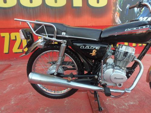 baccio classic 125 zanella motomel yumbo == motos couto