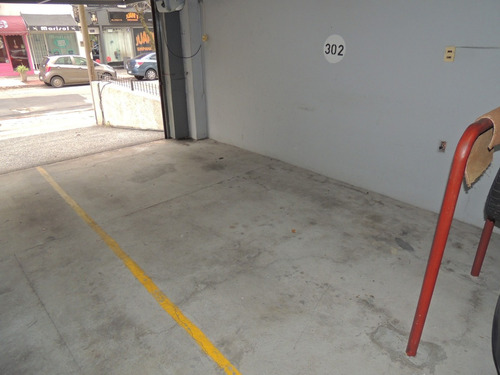 barreiro casi rambla, con garage