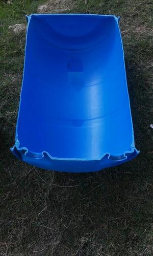batea 100 litros. comedero, media tarrina plástico