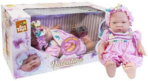 bebe muñeca valentina con sonidos llora, se ríe y dice mama