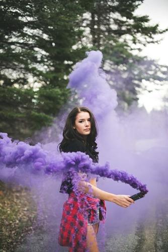 bengala de humo,fuegos artificiales,pirotecnia,varios colore