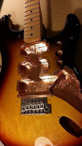 blindaje en laminado de cobre para guitarras y bajos