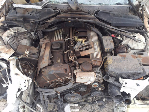 bmw serie 5 525i 2010 por partes - s a q -