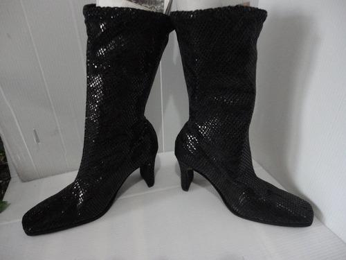 botas dama 100% sintéticas, licradas, talla 37