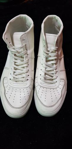 botas zara impecables, divinas.