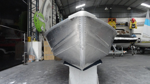 bote de aluminio americanos polar kraft casco en v