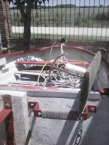 bote en muy buen estado motor remos ancla