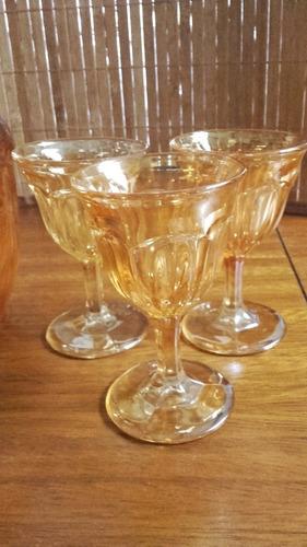 botellon vidrio labrado antiguo con tres copas de licor