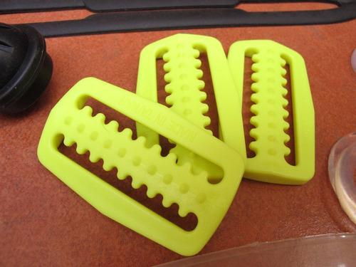 buceo repuestos: hebillas para sujetar pesas en cinturón c/u