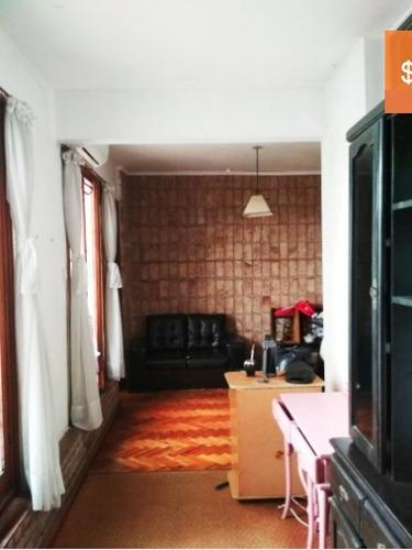 buen apartamento por bulevar españa!!!