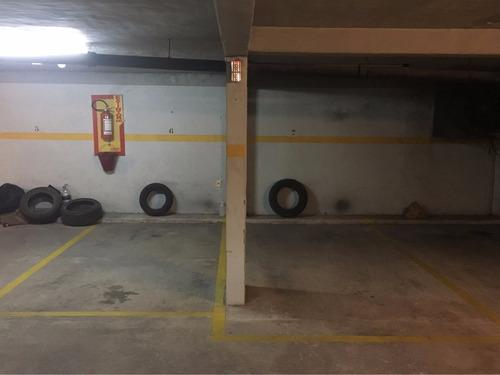bvrd. españa y berro. hermoso apto. con garage