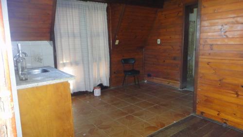 cabaña de madera + departamento de 1 dormitorio