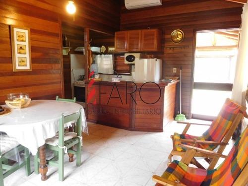 cabaña de madera en la barra 2 dormitorios y dependencia con parrillero techado - ref: 35988