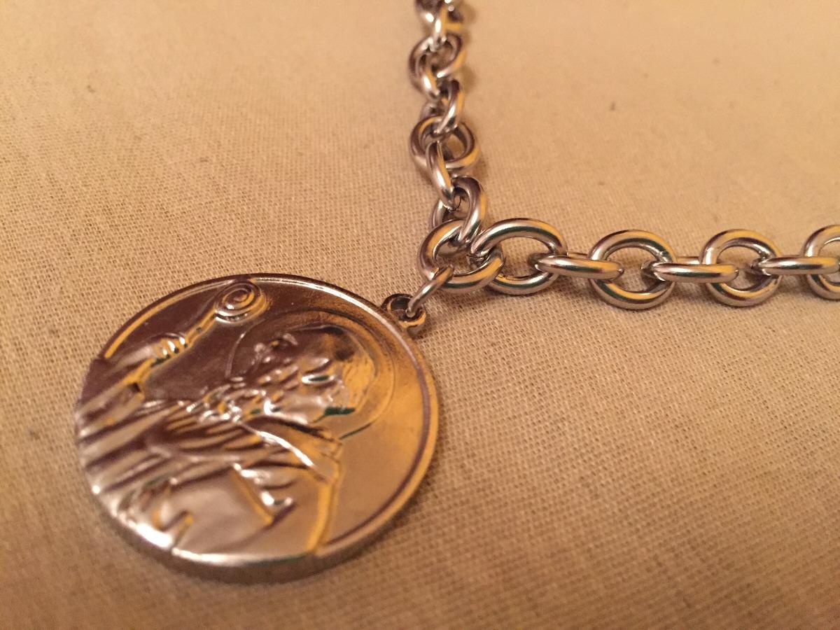 5e7f8bceae7 cadena acero quirúrgico 316l dije medalla san benito. Cargando zoom.