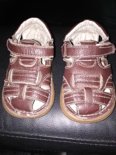 calzado sandalias bebé talle 23