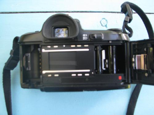 cámara analógica nikon f-601