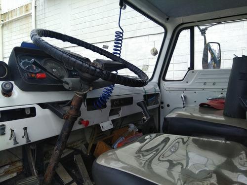 camión con volcadora ford 1311
