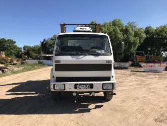 camion volkswagen 16220  equipo porta volqueta iderol